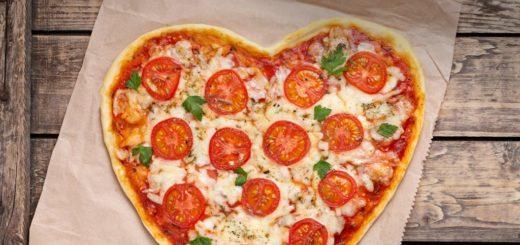 Love Pizzas